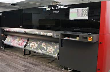 EFI offers a wide range of roll-to-roll printers, available for customers at the lower-, mid- and higher-volume end