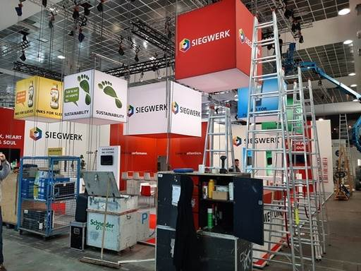 Siegwerk presented a range of inks and varnishes for non- and food applications