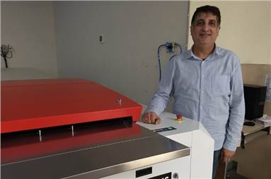 Ravi Shroff of Nutech with the Thermostar T9 HS thermal CTP device