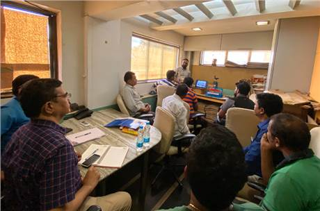 Shakti Nadar conducts a training session with the production team at Uchitha Graphics in Navi Mumbai