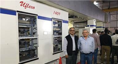 (l-r) Tandon with Gianfranco Nespoli, head of Comiflex