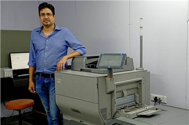Nishant Sethi, CEO, Redray Global LLP with the new Ricoh