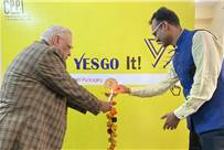 (L-r) Vinod Rajpal of Zhongke India and Nizamappas, founder of YesGo