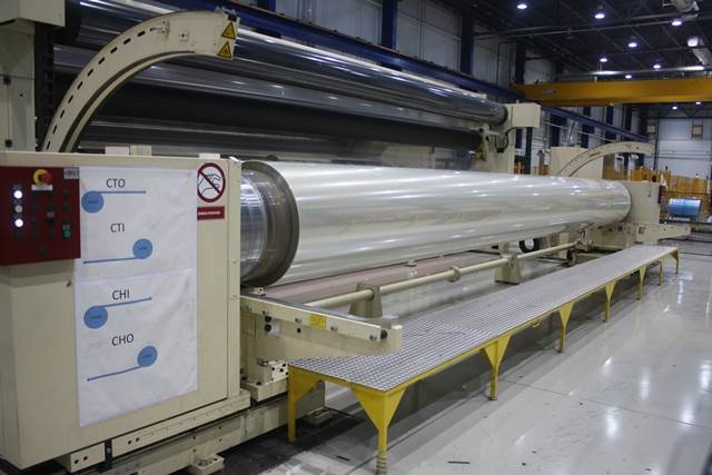 The quantity depends on diameter of the rolls. A jumbo roll takes three hours to be fully loaded