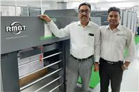 (l-r)  Jinendra Kumar Jain of JK Offset and Arum Kumar Mondal of Provin Technos