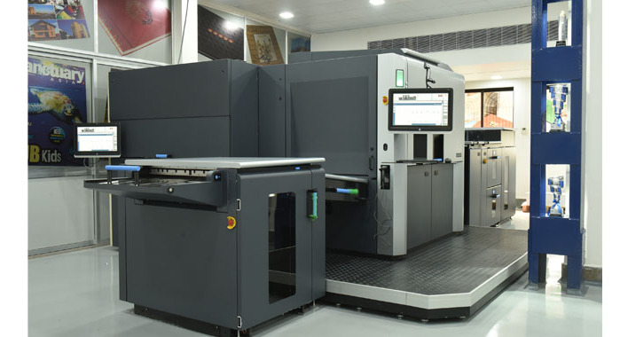 Silverpoint Press has become the first print company in India to install an HP Indigo 12000, after it took delivery of the press at its print site in Mahape in Navi Mumbai. The 12000 which will replace an older HP Indigo will co-exist with the firm's fleet of four-colour and five-colour presses, and its pre-press offerings