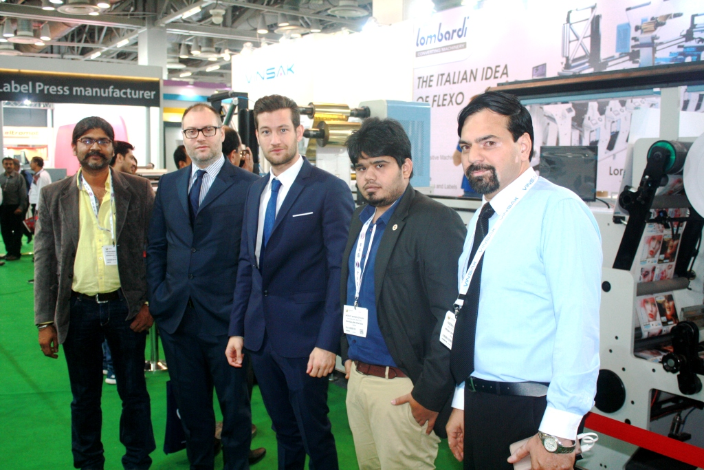 Chetan Kothari of Manglam Creations with the representatives of Synchroline and Vinsak