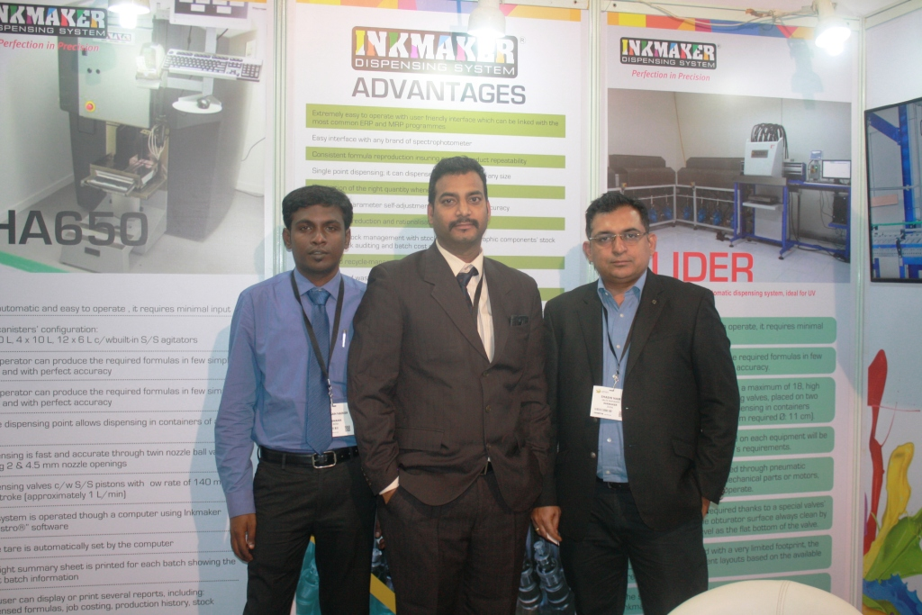 Sashi Kumar Nair with his team at Labelexpo India 2016