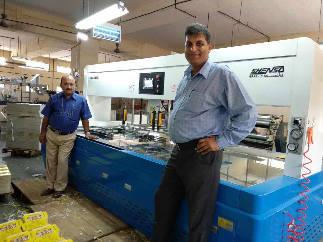 Gobind Punjabi (r), owner of the Rukson Packaging and Dilip Davda the company