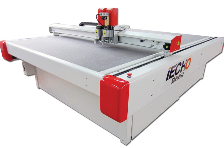 Iecho BK1311 digital cutter